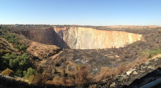 Cullinan-Diamond-Mine-tour-